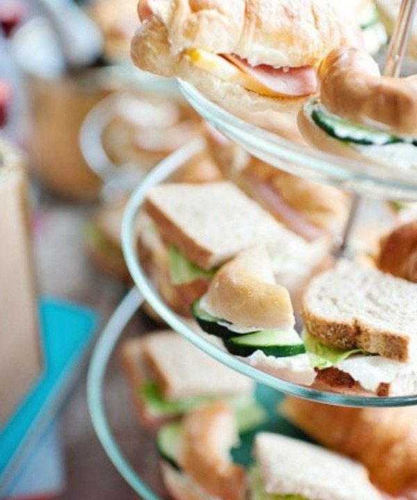 2016-wedding-food-drink-trends-ceremony-sandwiches-3