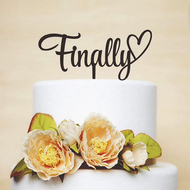 10-cool-unique-fun-wedding-cake-toppers2