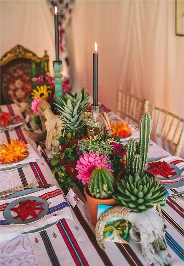 10-great-ways-infuse-wedding-cacti-centrepiece